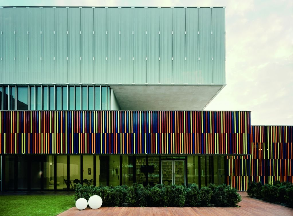 Tòa nhà được thiết kế như một vi sinh vật đô thị mở