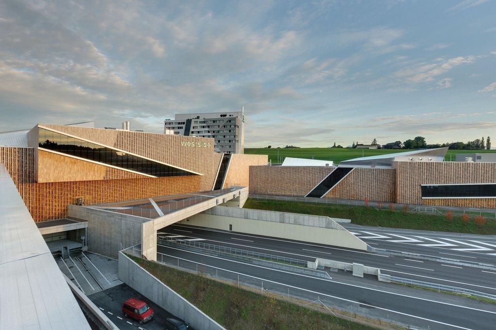 Đây là kiến trúc duy nhất thông nhau đầy đủ các tụ điểm chính của vùng Bern