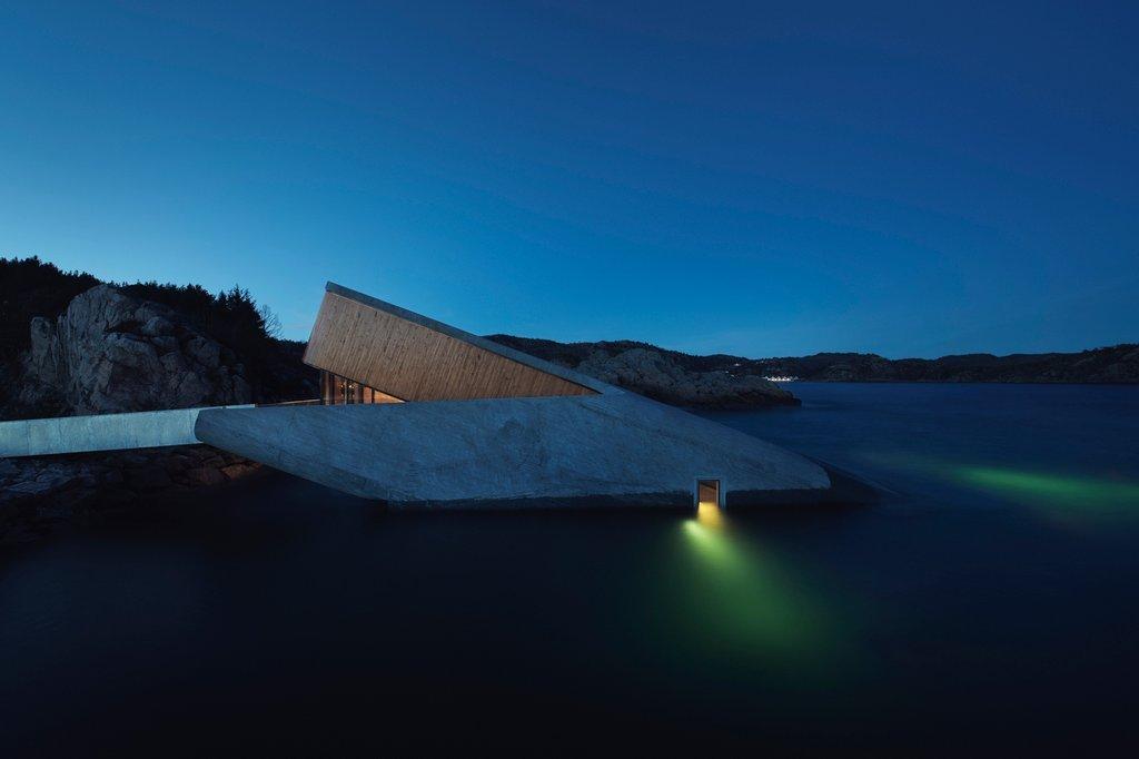 Kiến trúc Under restaurant là dự án nhà hàng cao cấp có vị trí nằm ở điểm cực nam của bờ biển Na Uy