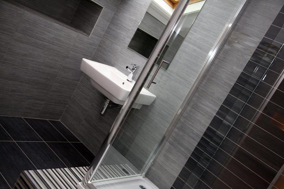 Gạch chống thấm tường sử dụng trong không gian nhà tắm