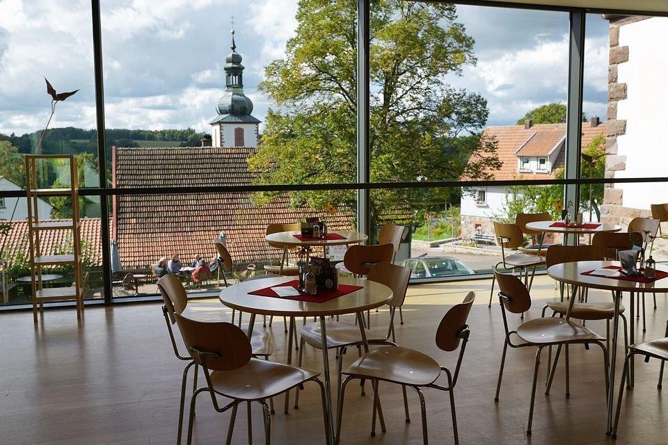 Lợi ích của thiết kế nhà hàng sân vườn