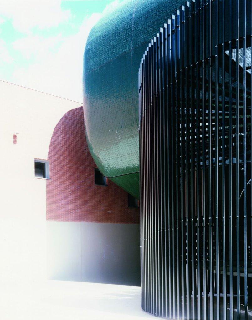 Gạch ốp lát được sử dụng cho dự án