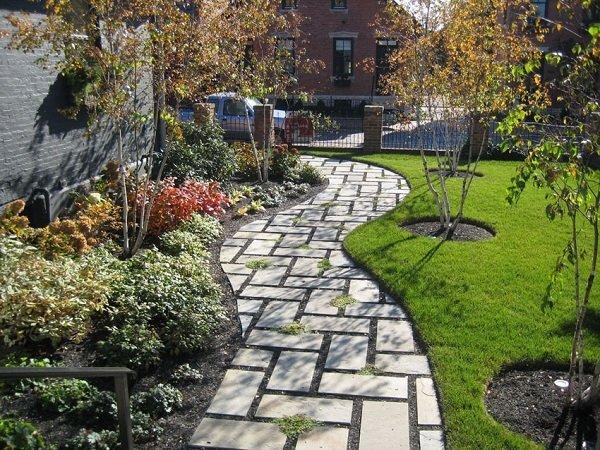 Các kiểu gạch lát sân vườn ấn tượng