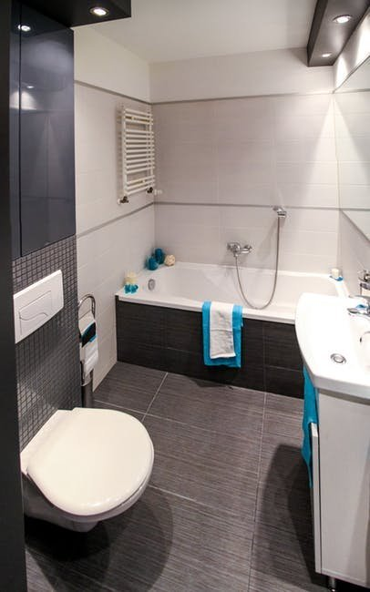 Kinh nghiệm chọn gạch lát nền cho không gian phòng tắm