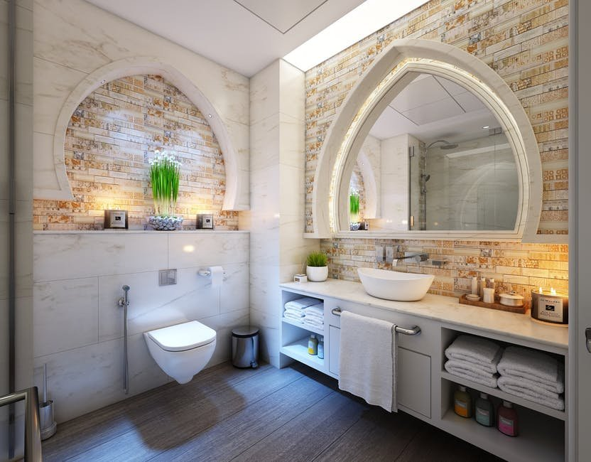 Chọn gạch ốp lát phù hợp với đặc điểm của phòng tắm