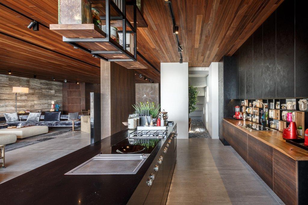 Chủ sở hữu là một đầu bếp và muốn bổ sung phong cách bếp tepanyaki vào bên trong khu vực bếp