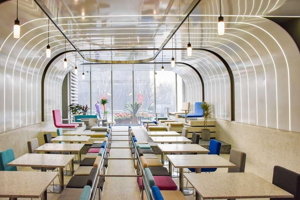 Green Option Food Court là một dự án nổi bật của Ramoprimo