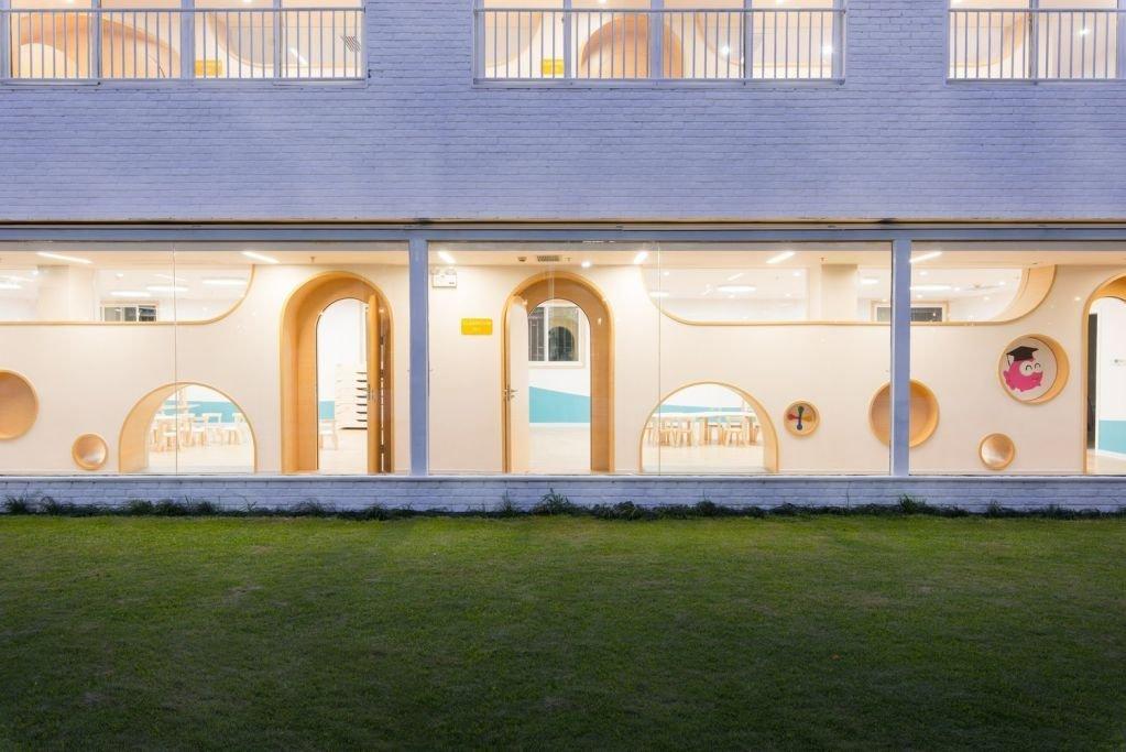 Thiết kế nhiều ánh sáng tự nhiên cho không gian tòa nhà