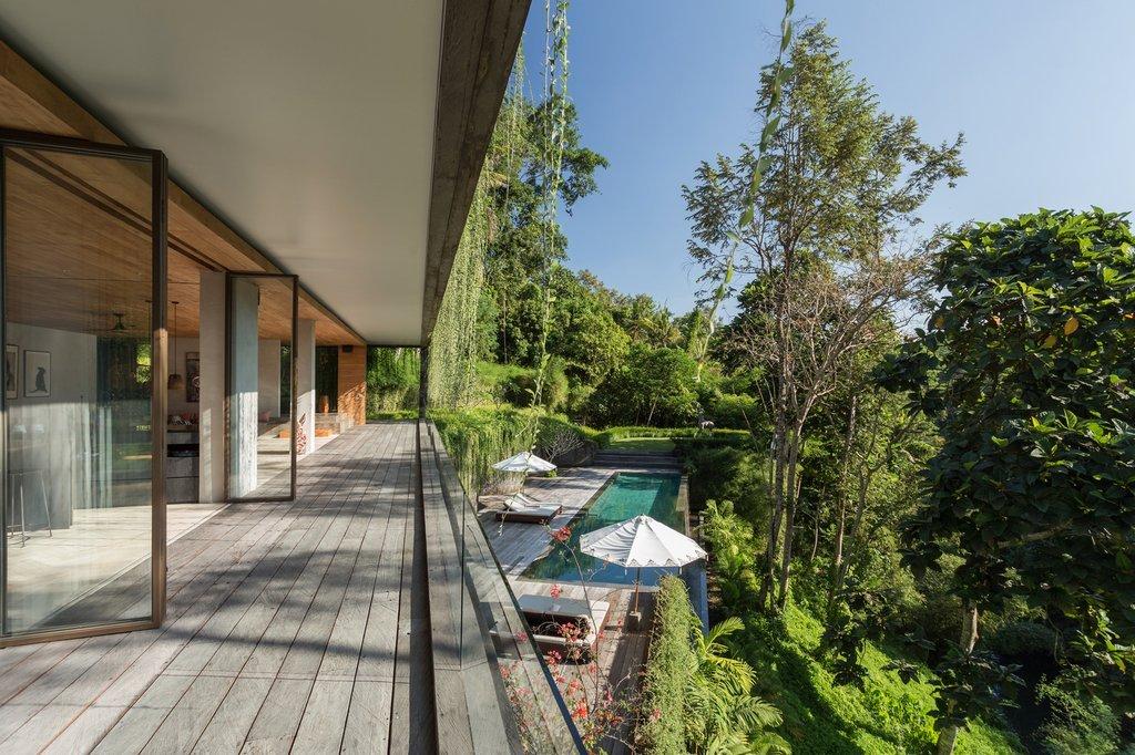 không gian nằm giữa khu vườn để tận hưởng những vẻ đẹp thiên nhiên có độ dốc lớn như vậy