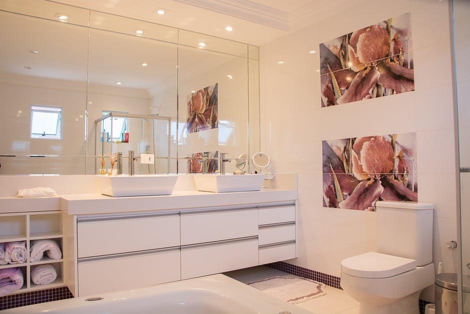 Kinh nghiệm chọn gạch ốp lát cho không gian phòng tắm