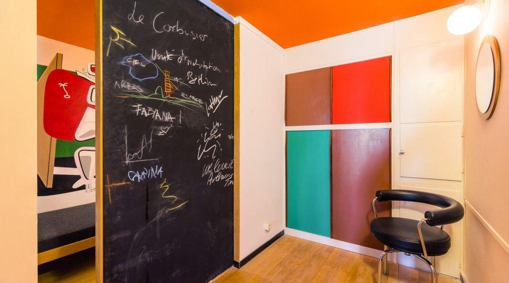 Màu sắc được kết hợp tổng thể cho dự án