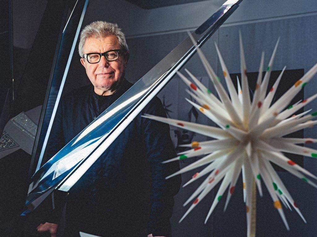 Daniel Libeskind đã thắng giải đấu thầu để giành được quyền đảm nhiệm chính cho toàn bộ dự án lần này