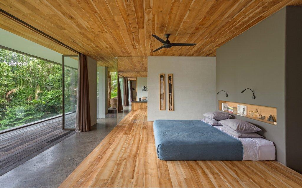 Phòng ngủ chính của dự án có khung cảnh nhìn ra rừng xanh ngát