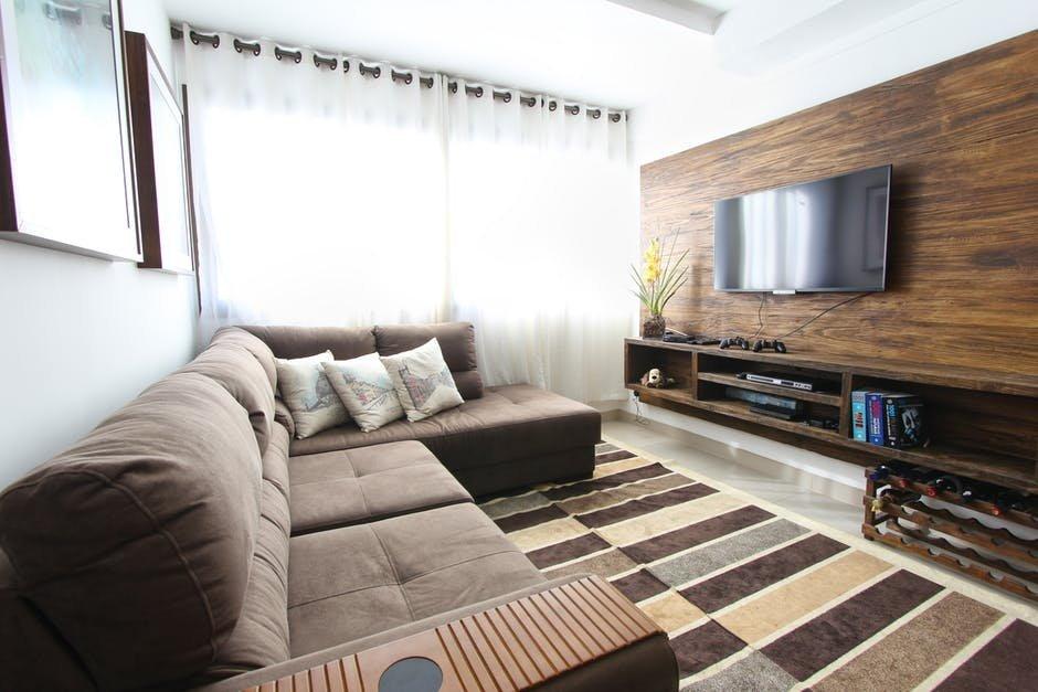 Sử dụng thảm khi thiết kế nội thất phòng khách nhỏ