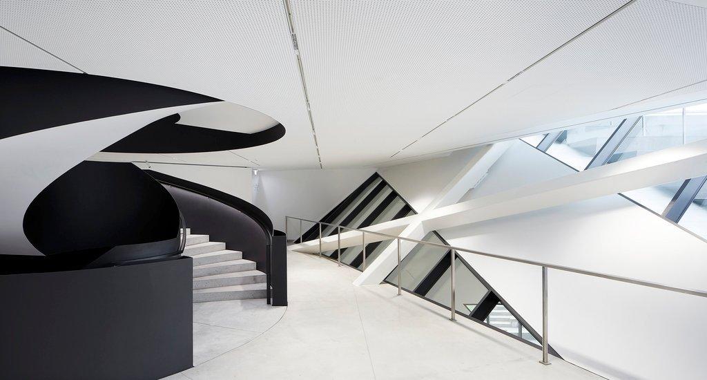 Bảo tàng có diện tích rộng khoảng 3.100 mét vuông như một dấu ấn của quá khứ và hiện tại ở vùng Vilnius