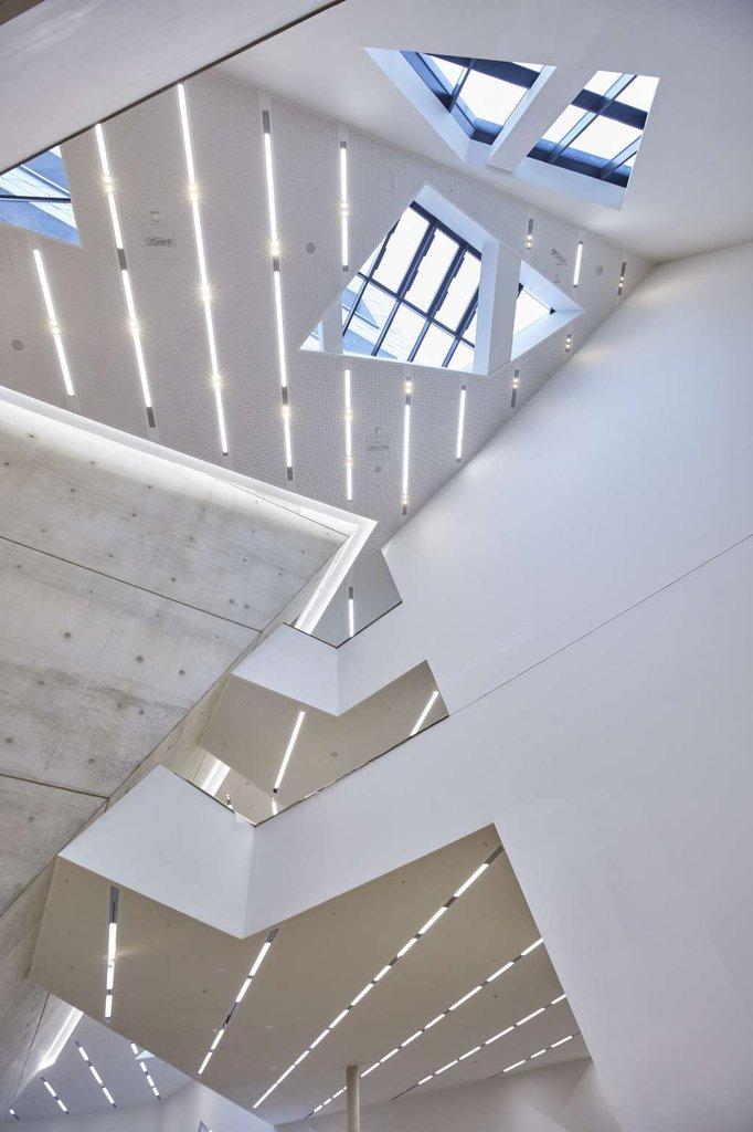 Tòa nhà được thiết kế nhiều chức năng tích hợp