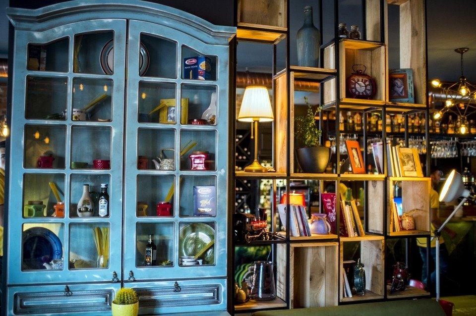 Trang trí nội thất bằng những khung hình
