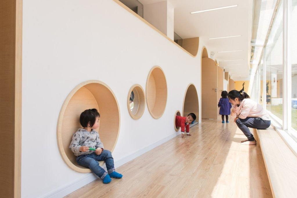 Thiết kế hành lang của trung tâm giáo dục